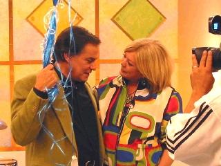 Ione Borges recebe Ronnie com festa